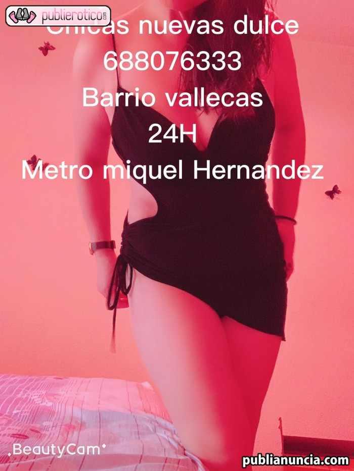 CHICAS VALLECAS 688076333